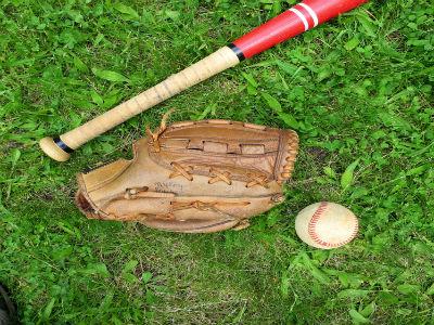 Gary Lee and the Major League Foul Ball